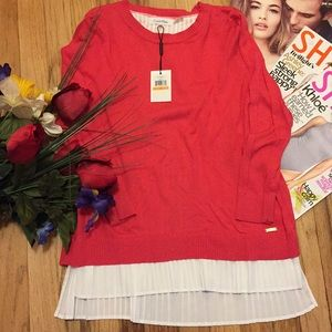 🌺NWT gorgeous sweater top🌺